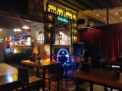 Cabarre Pub & Bistro