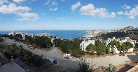 Grand Sea View