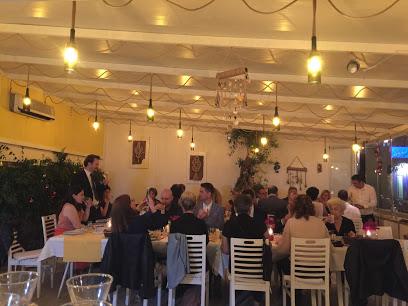 Reds Bodrum Restaurant ve Beach